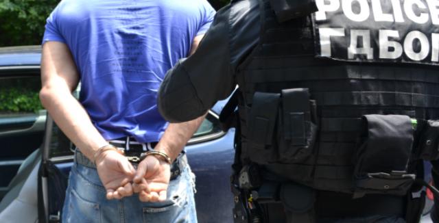 полиция арест | НА МОРЕТО